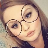 Sianbartlett from Gravesend   Woman   26 years old   Capricorn