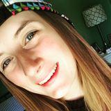 Ella from Appleton | Woman | 22 years old | Capricorn