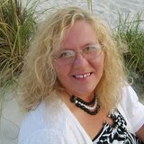 Karlyn from Shelby   Woman   51 years old   Taurus