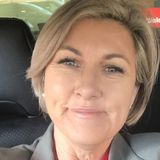 Lee from Melbourne | Woman | 52 years old | Sagittarius