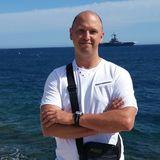 Bonjour from La Seyne-sur-Mer | Man | 49 years old | Libra