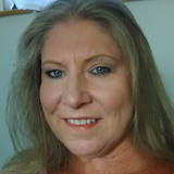 Dee from Lompoc | Woman | 54 years old | Aquarius