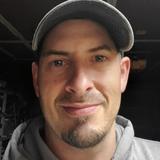 Derekk from Gig Harbor | Man | 36 years old | Cancer