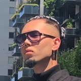 Salarhussainse from South Melbourne | Man | 20 years old | Aquarius