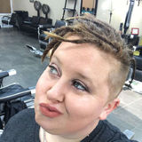 Barberslifeforme from Gulfport | Woman | 32 years old | Leo