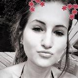 Megan from Ottawa   Woman   25 years old   Libra
