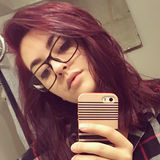 Krystelle from Gatineau | Woman | 23 years old | Pisces