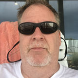 Topbearct from New London | Man | 55 years old | Gemini