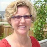 Juliane from Pinckney   Woman   40 years old   Libra