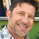 Gary from Dallas | Man | 48 years old | Capricorn