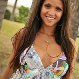 Sarah from Leilani Estates | Woman | 34 years old | Taurus