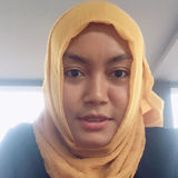 Yusie from Mataram | Woman | 31 years old | Cancer