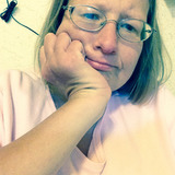 Jenny from Belleville   Woman   48 years old   Leo