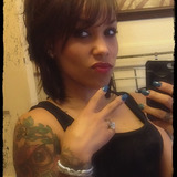 Dez from Quincy | Woman | 33 years old | Capricorn