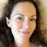 Ivaniscarroldw from Roland | Woman | 52 years old | Taurus