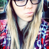 Em from Bonney Lake   Woman   24 years old   Aries
