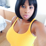Lolly from Nanterre | Woman | 37 years old | Leo