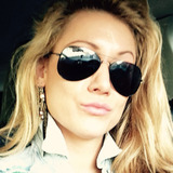 Joa from Dusseldorf | Woman | 35 years old | Gemini