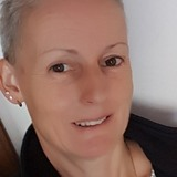 Kas from Oxford | Woman | 59 years old | Pisces