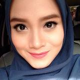 Nadia from Malang | Woman | 29 years old | Taurus