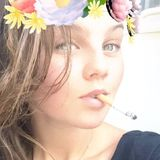 Emma from Frejus | Woman | 22 years old | Virgo