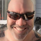 Threesome from Orillia | Man | 35 years old | Cancer