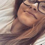 Laura from Savannah | Woman | 21 years old | Aquarius