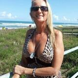 Quenby from Clementon | Woman | 52 years old | Leo