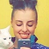 Liz from Gresham | Woman | 22 years old | Aquarius