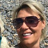 Jems from Brighton   Woman   38 years old   Aquarius