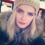Tiniii from Hamburg | Woman | 27 years old | Capricorn