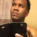 Ee from Hamilton | Man | 37 years old | Taurus