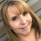 Helena from Camrose | Woman | 46 years old | Aquarius